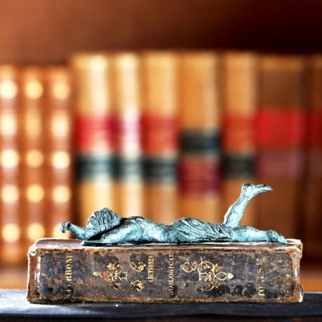 Sujetalibros de bronce. Morla Esculturas
